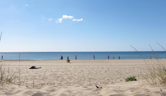 La spiaggia di Cap d'Agde al mattino