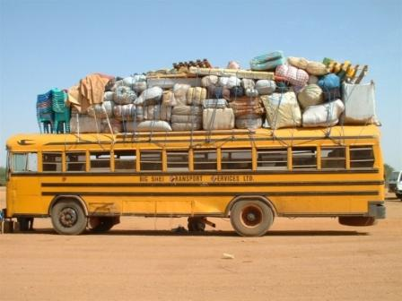 voiture-insolite-on-route-mopti-286088